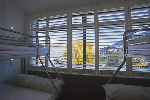 absoloot value accommodation queenstown rh hotels of queenstown com